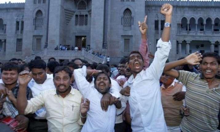 trs tdp workers clash in telangana