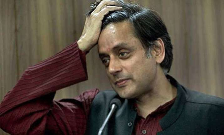 congress in kerala warns shashi tharoor against praising