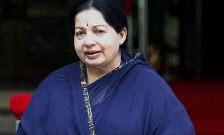 amma returns jayalalithaa to take oath as tamil nadu chief