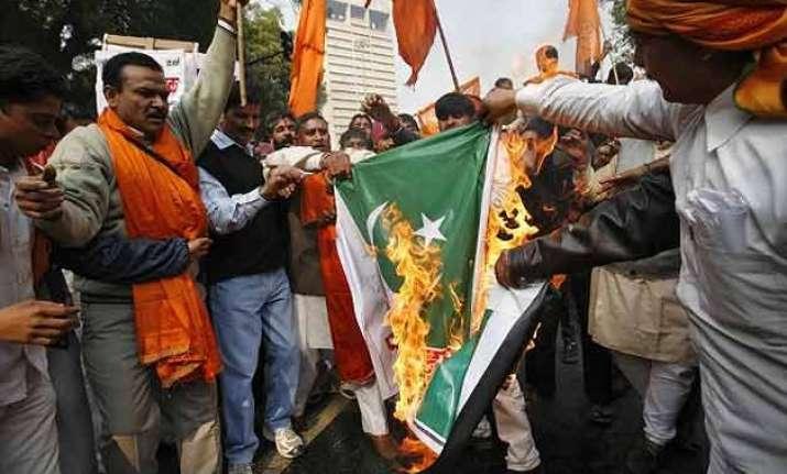 gurdaspur terror attack shiv sena burns pak flag