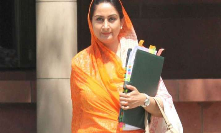pm modi wishes union minister harsimrat kaur badal on her
