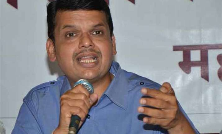 creating states is centre s job fadnavis on vidarbha issue