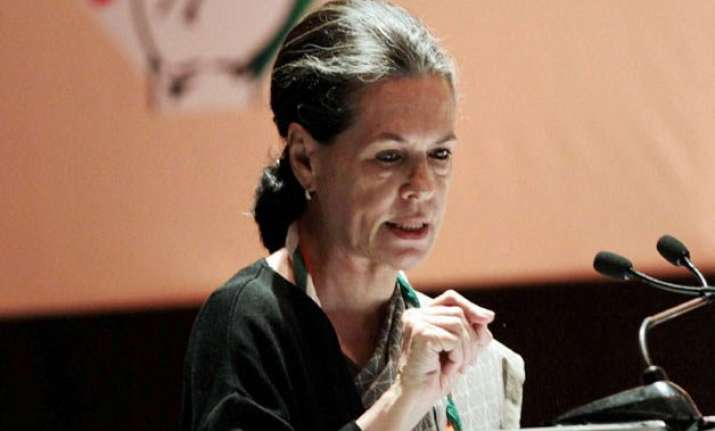farmers issue sonia gandhi expected to take on govenment in
