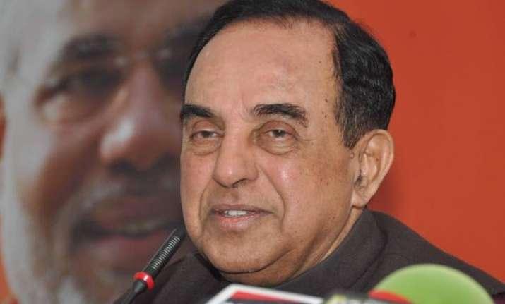 arvind kejriwal is a naxalite says subramanian swamy