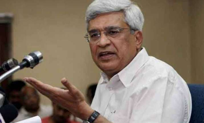cpi m virtually abandons third front with regional parties