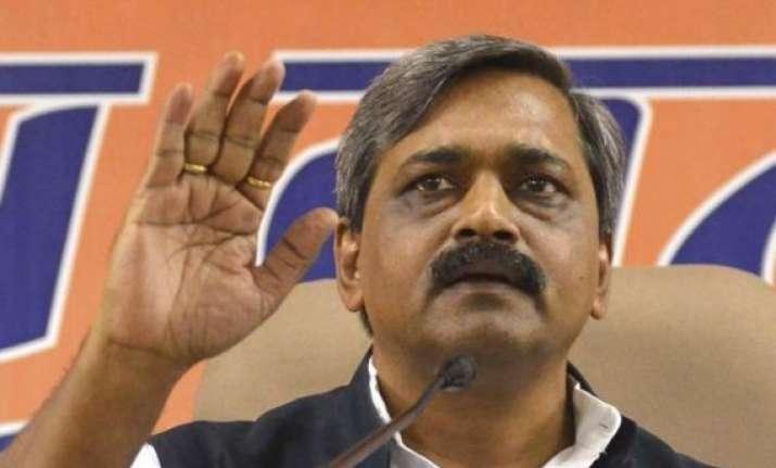 delhi bjp reorganises party s executive committee