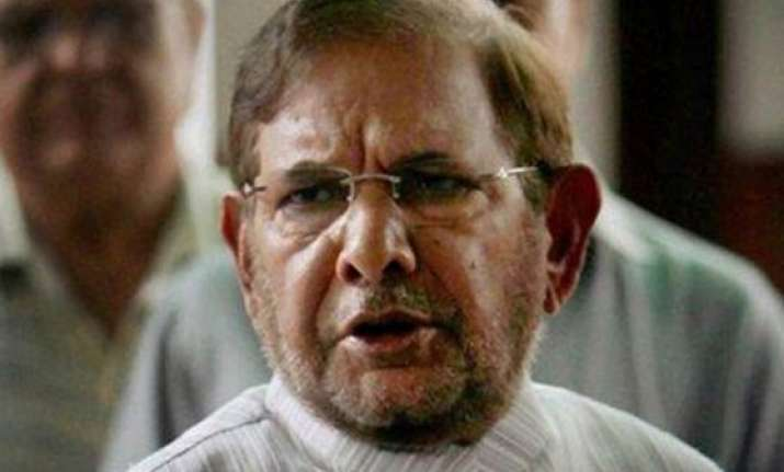 sharad yadav attends samajwadi party s national convention