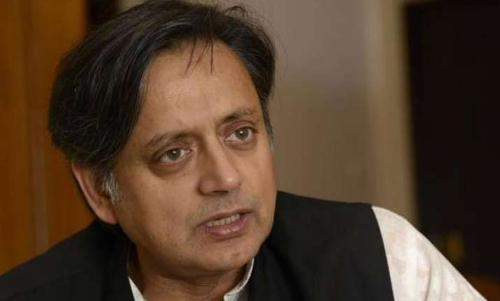 shashi tharoor refers to aap while raking up inner party