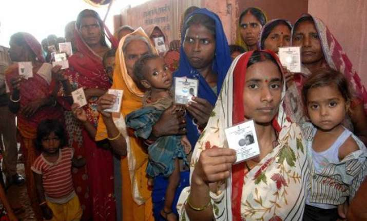 bihar records 57 voter turnout in first phase of assembly