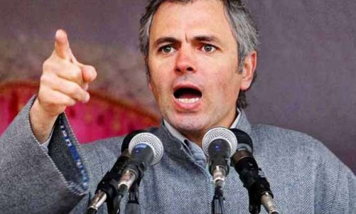 omar nominates mehbooba and satyarthi for swachh bharat