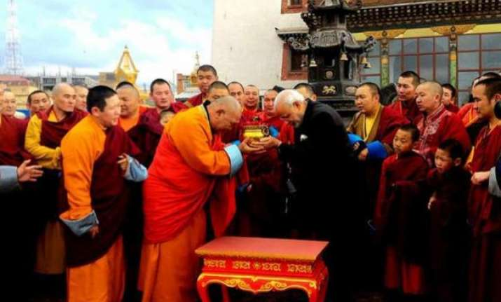 pm modi in mongolia visits ancient monastery gifts bodhi
