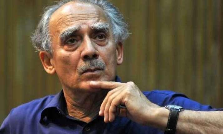 bjp leaders attack arun shourie over modi criticism