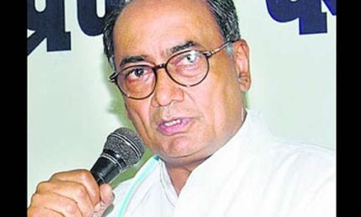digvijay holds lalu responsible for cong s defeat in bihar