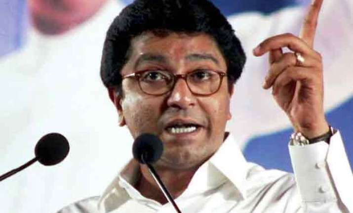 maharashtra govt working on centre s direction raj thackeray