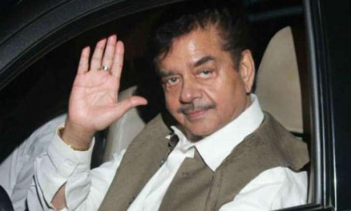 shatrughan sinha meets congress leader randeep surjewala in
