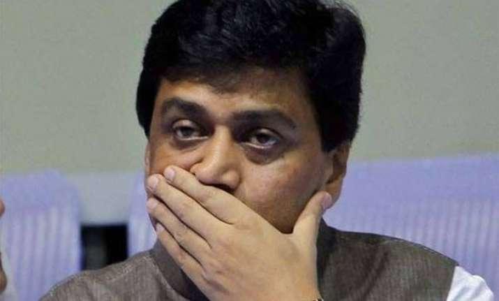 adarsh scam cbi gets maha governor s nod to prosecute ashok