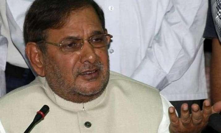 bihar polls pm modi bhagwat raked up caste issue says
