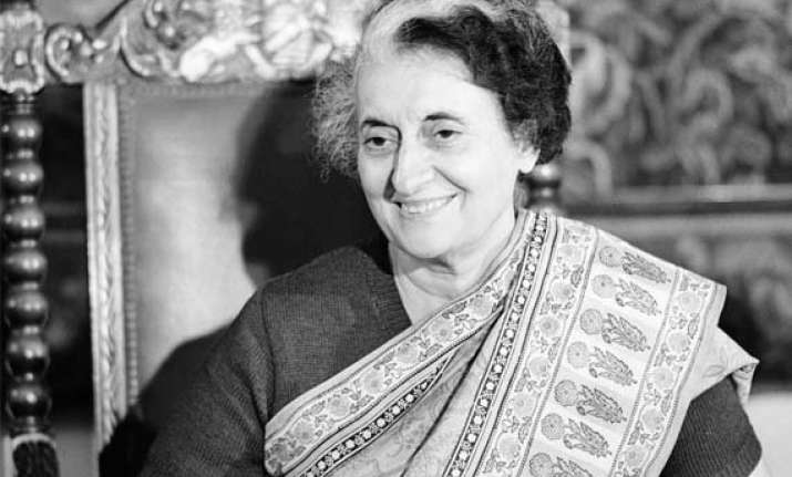 modi remembers former pm indira gandhi on death anniversary