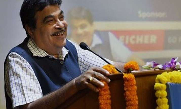 no wrong doing by me says gadkari congress seeks his