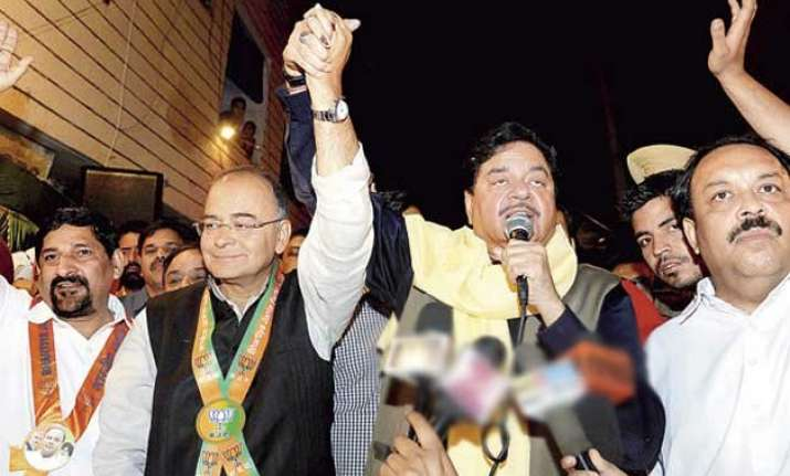 arun jaitley deprecates shatrughan sinha s signing of yakub