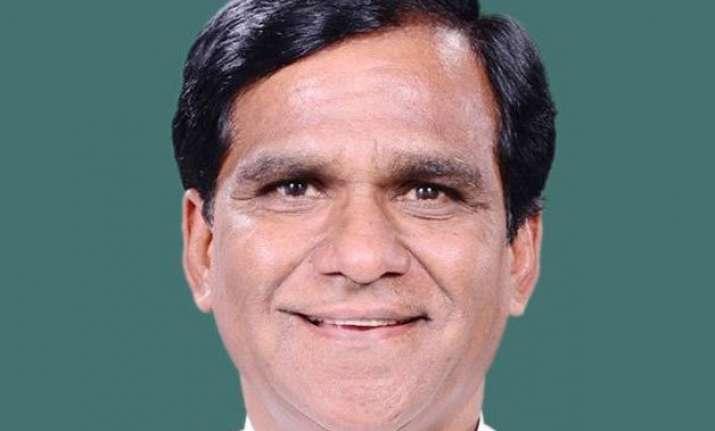maharashtra bjp president danve to quit union ministry on