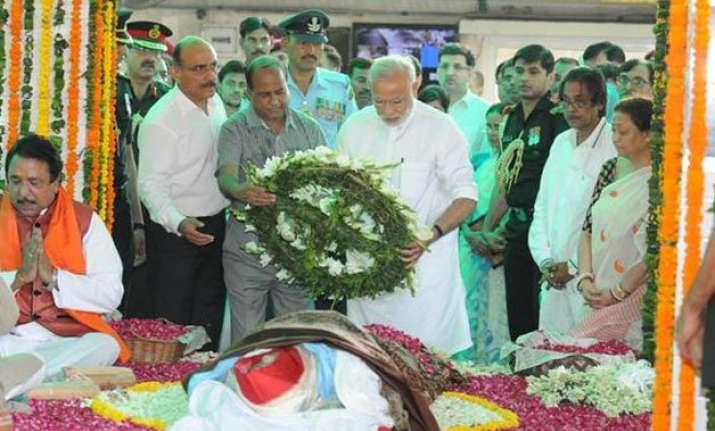modi hasina attend suvra mukherjee s cremation
