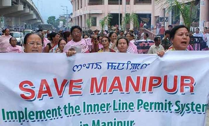houses of manipur minister 5 mlas torched