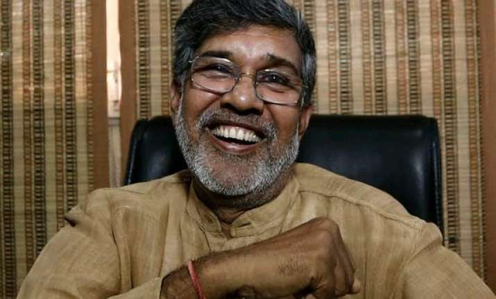 satyarthi meets sonia gandhi