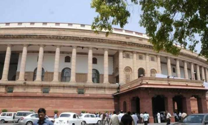 govt planning to bring land bill with changes in lok sabha