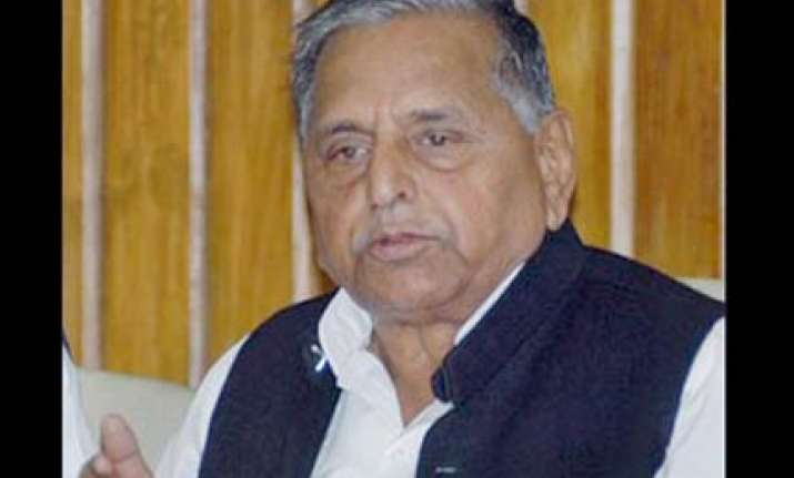 mulayam to continue do or die struggle against women s bill