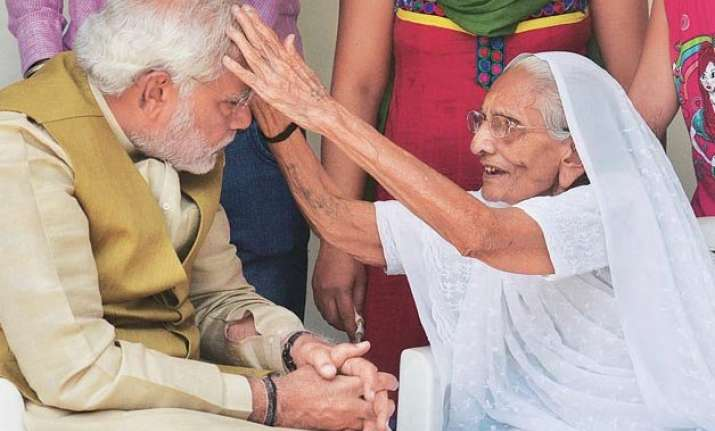 pm modi s mother taken to hospital with chest pain