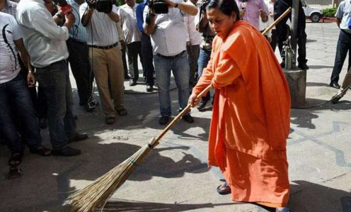 will devote 300 hours annually to swachh bharat mission uma
