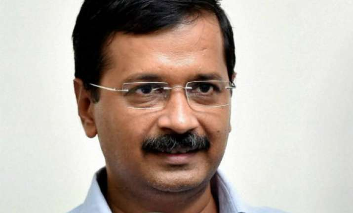 arvind kejriwal asks pm to devote time to delhi police