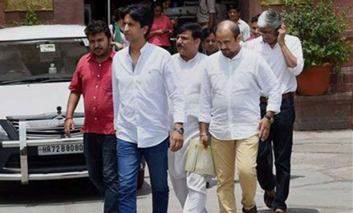 dilip pandey case senior aap leaders meet rajnath singh