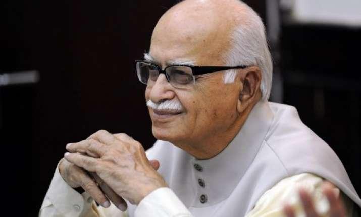 advani backs bharat ratna for atal bihari vajpayee