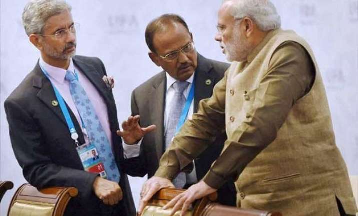 pm modi meets nsa foreign secretary over pathankot attack