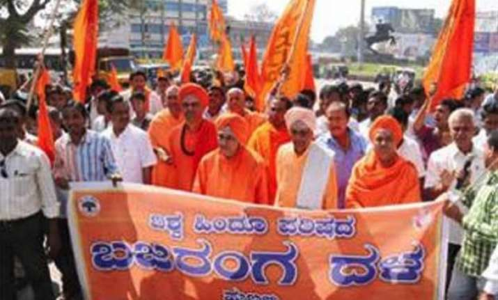 modi govt will emerge unscathed from impropriety charges vhp