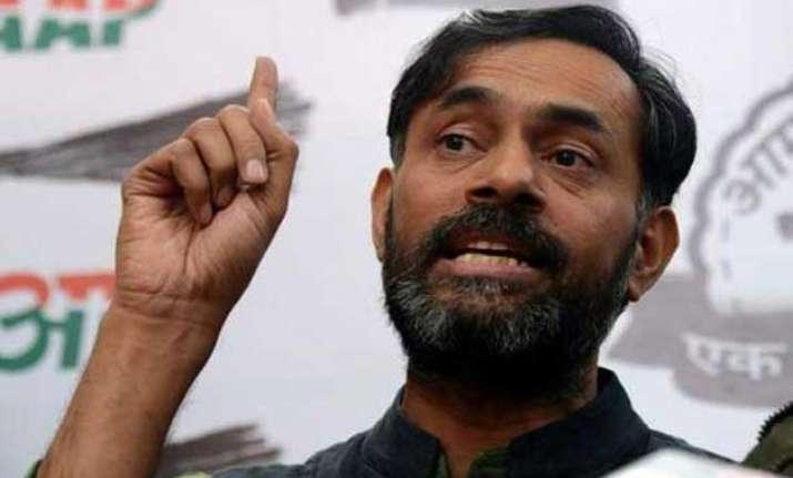 had rejected kejriwal s resignation says yogendra yadav
