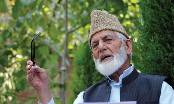 commonwealth meet hardline hurriyat backs pak for not