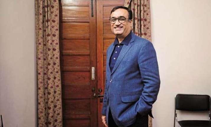 delhi polls maken ahead bedi and kejriwal trail in assets