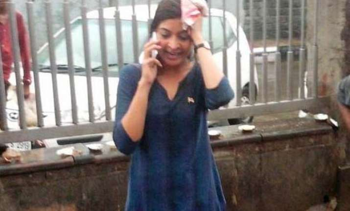 alka lamba moves to dcw against bjp mla for calling her