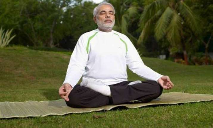 pm modi to practice yoga with kids at rajpath on