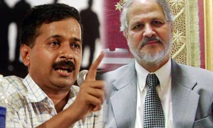 kejriwal asks lg to work within the confines of constitution