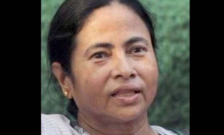 bjp cpim working together in bengal mamata