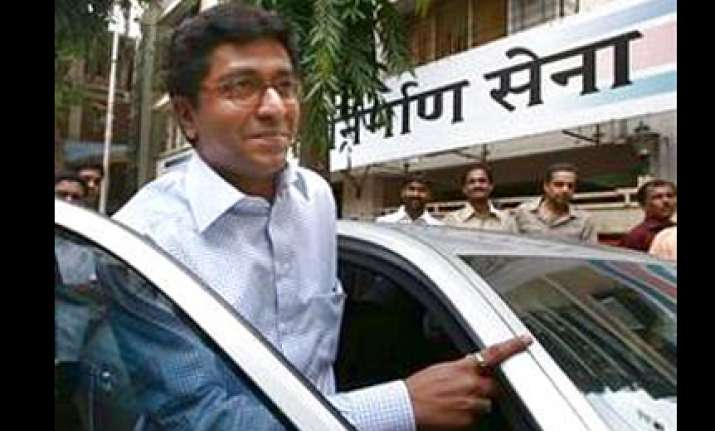 raj thackeray questions shiv sena s love for marathi manoos
