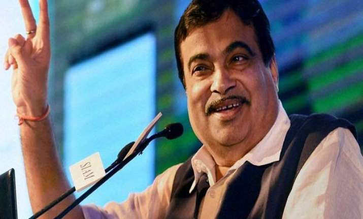 gadkari proposes ropeway from delhi to manesar