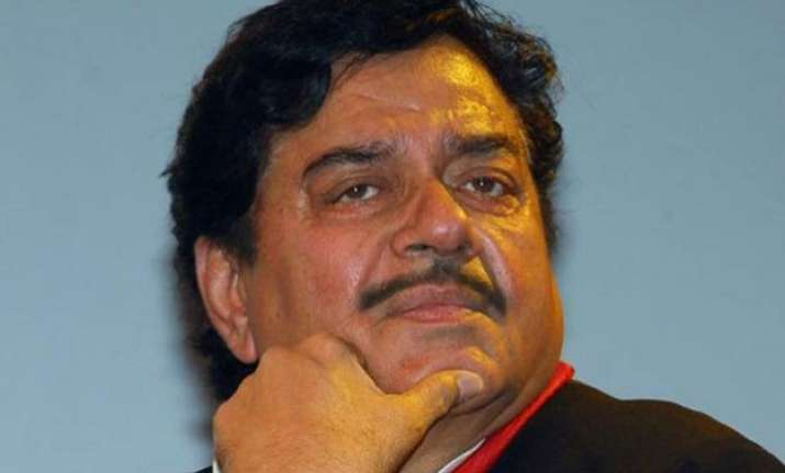 no action against shatrughan sinha before bihar election