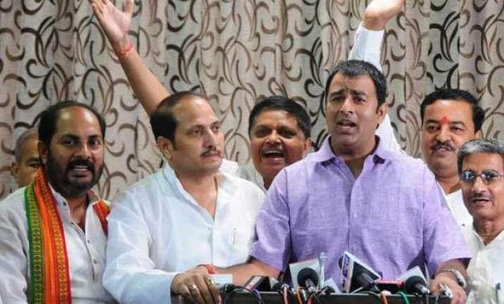 bjp mla sangeet som accuses akhilesh yadav of giving