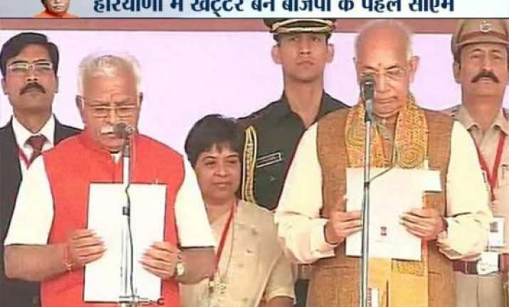 manohar lal khattar sworn in as 10th chief minister of