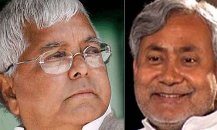 neck and neck fight between nda rjd ljp combine in 3rd phase